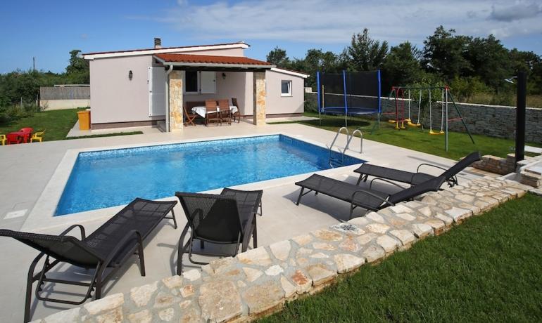 Villa 122